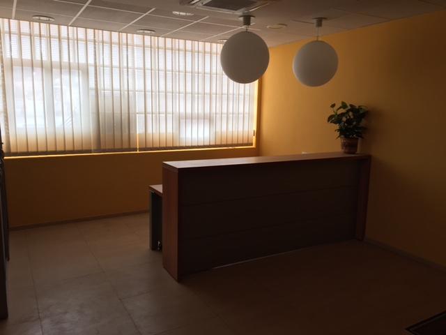 Oficina Muy Luminosa, Calle Gordoniz