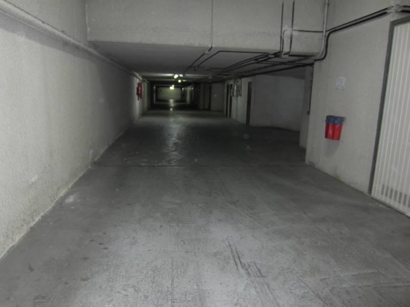 Parcela de Garaje Cerrada  En El Barrio De San Miguel