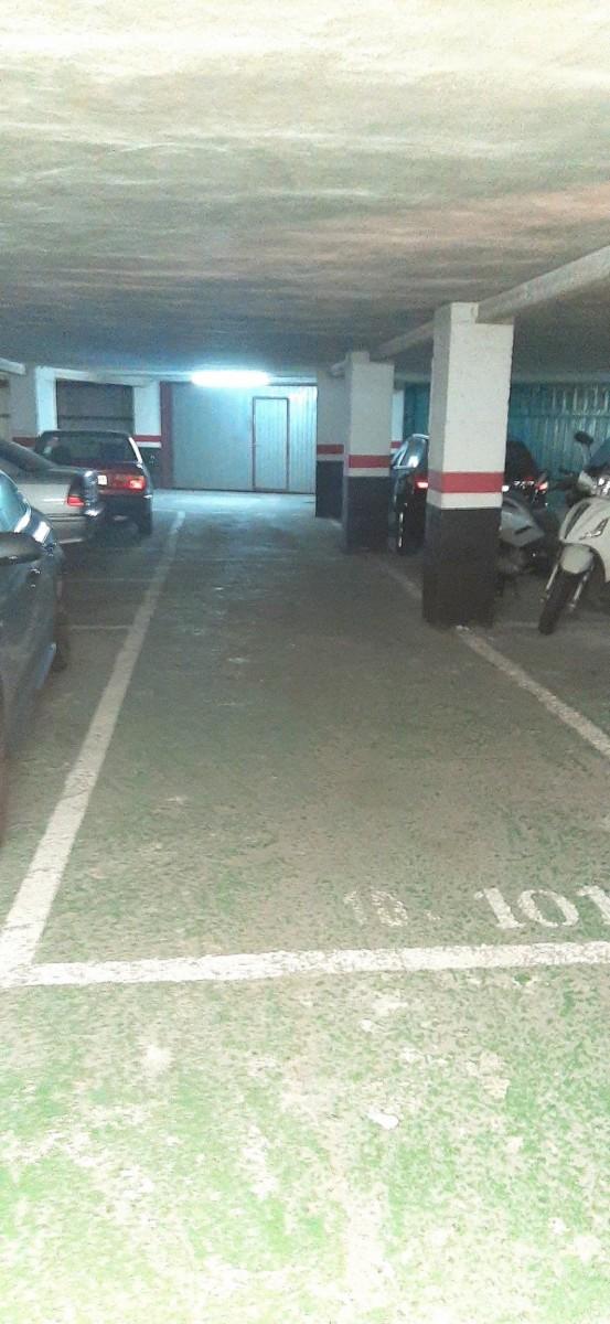 Venta de Plaza de Garaje Doble en Plaza Pio X