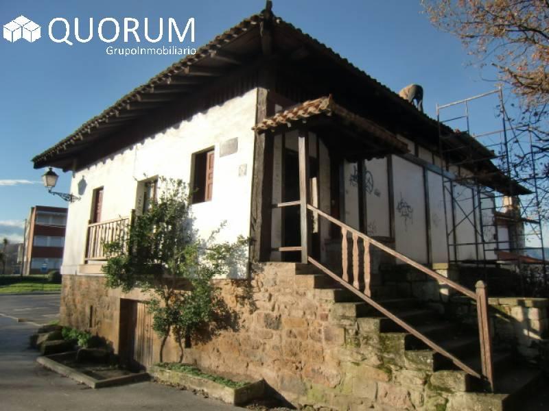 Casa Unifamiliar De 2 Plantas En Zona Privilegiada De Galdakao