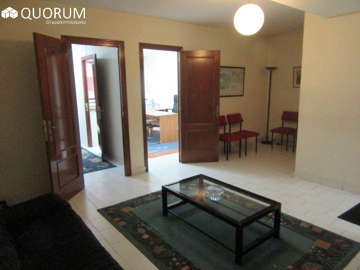 Entreplanta de 45 m2 Acondicionada En El Centro De Galdakao