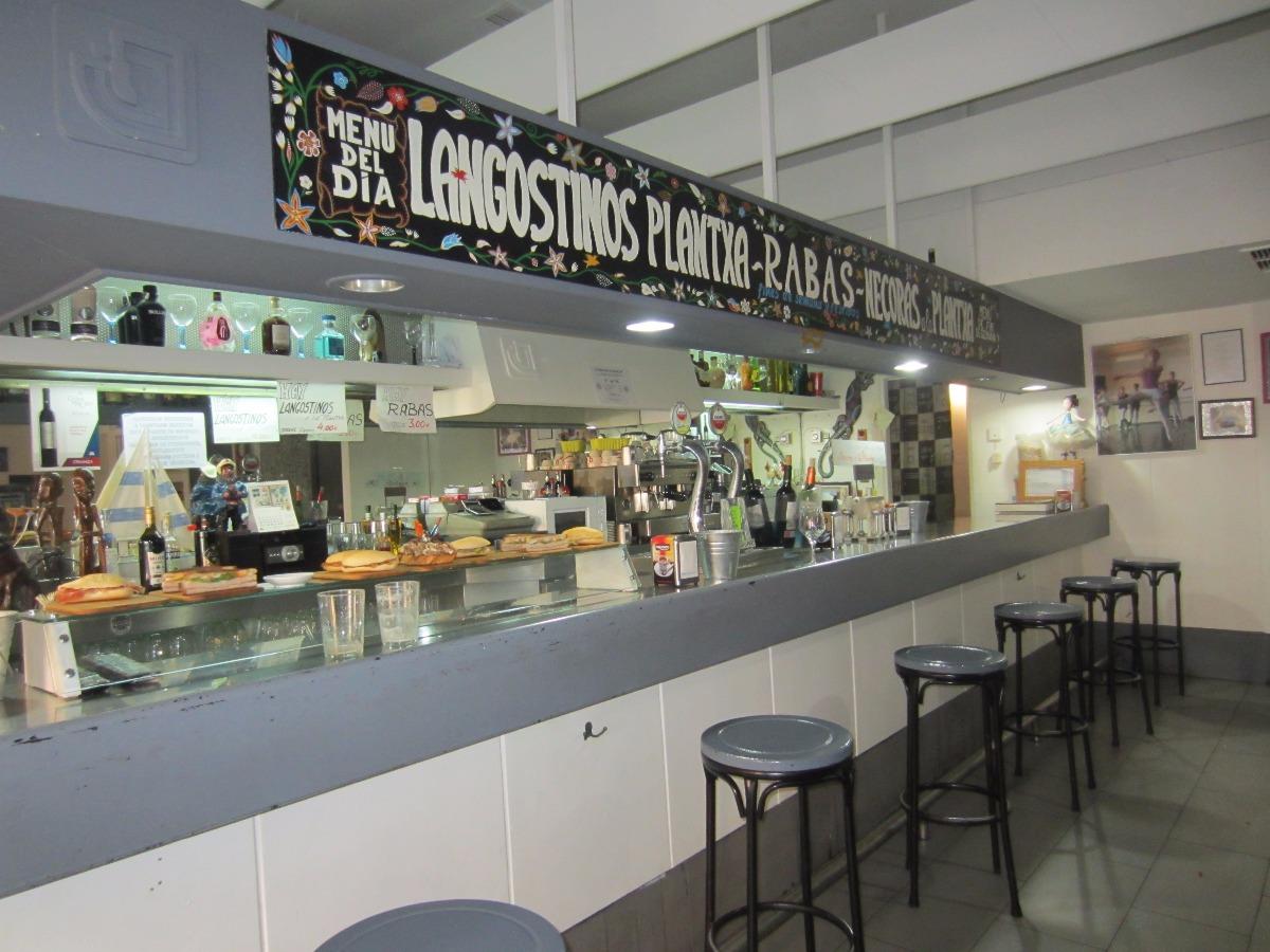 Venta De Cafetería y Restaurante Junto Al Metro