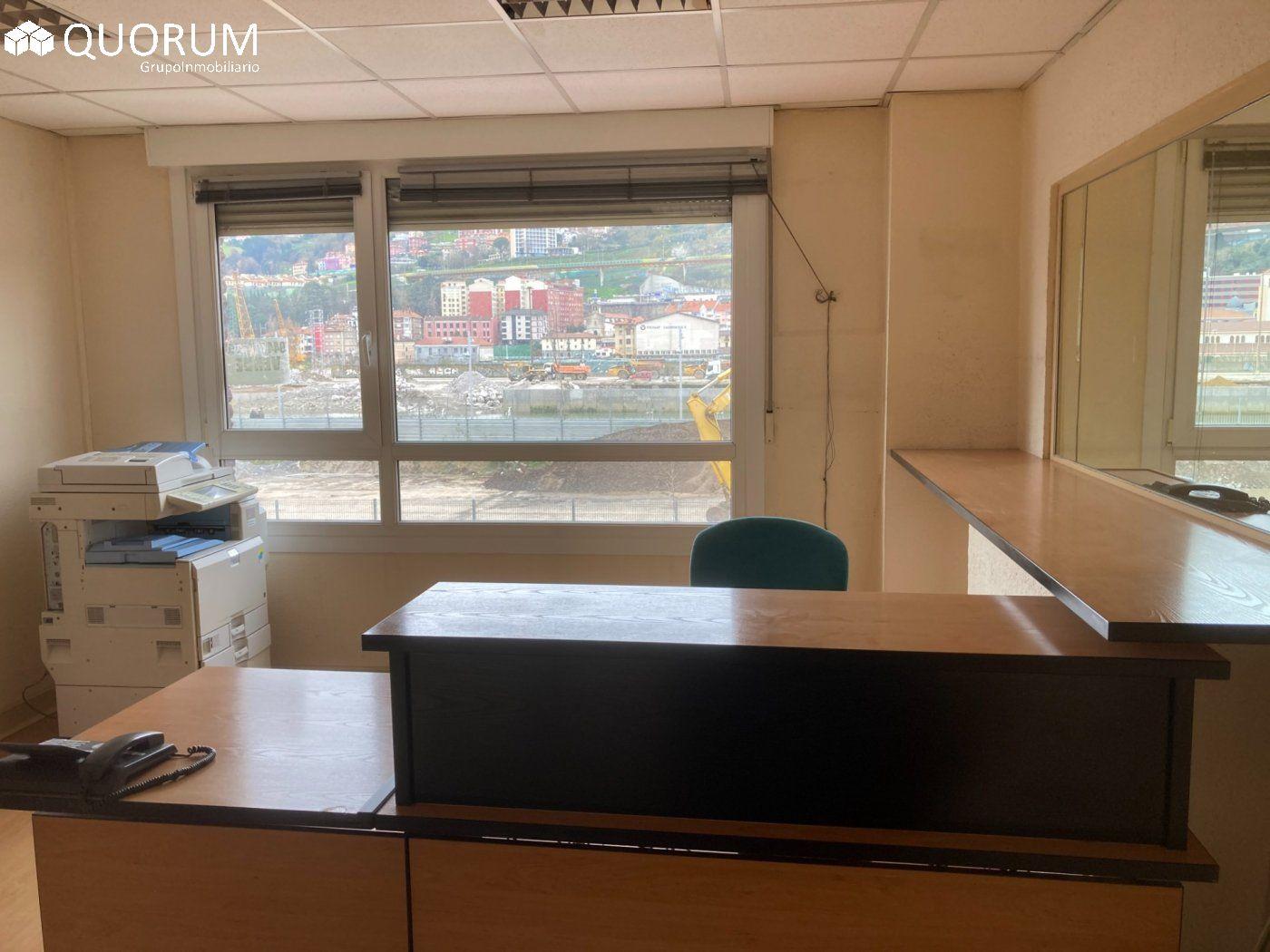 Magnifica oficina, exterior con mucha luz natural junto a la Ría de 250 m2